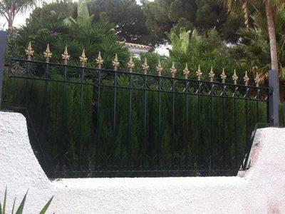 Verjas de hierro en Elviria, Marbella