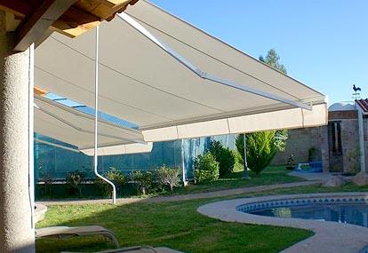 Toldos y lonas para terrazas en marbella cerrajer a villalba for Toldos para piscinas