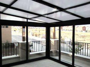 techo aluminio negro