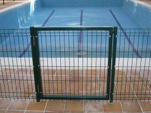 valla puerta piscina
